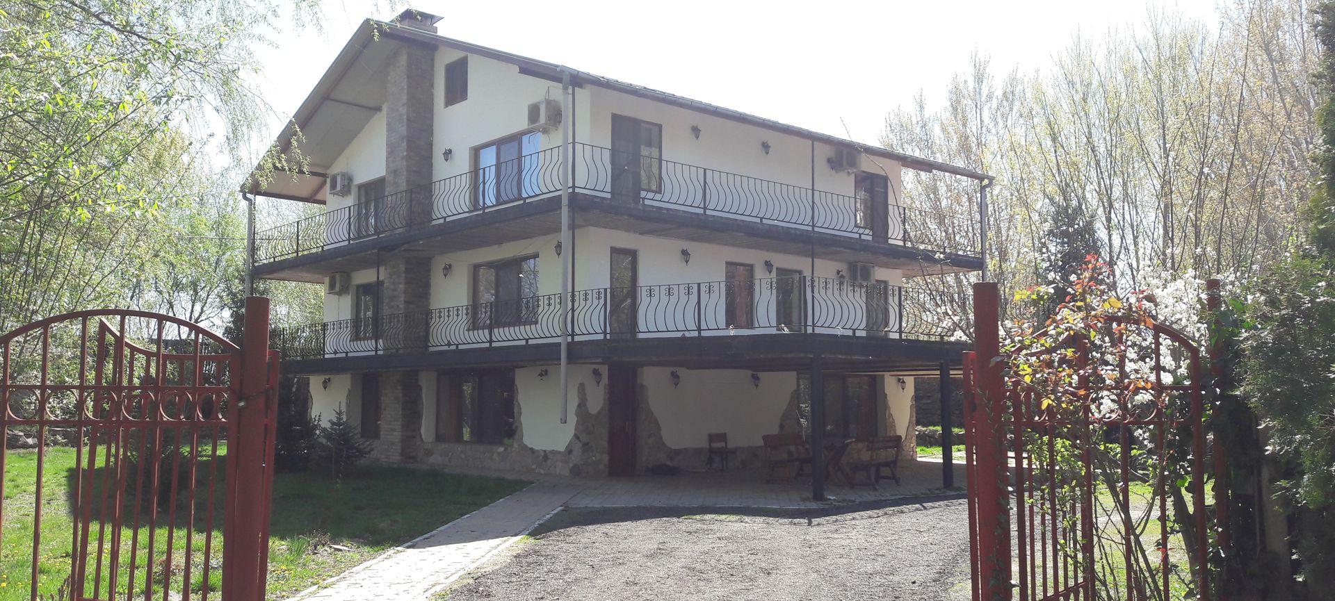 Vila 6 dormitoare
